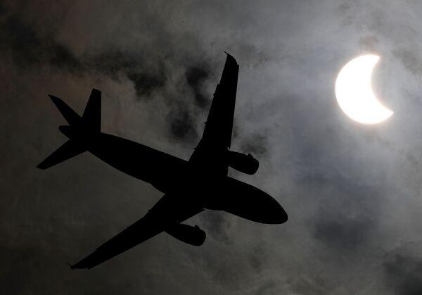 L'éclipse solaire annulaire du 26 décembre  - Sputnik France