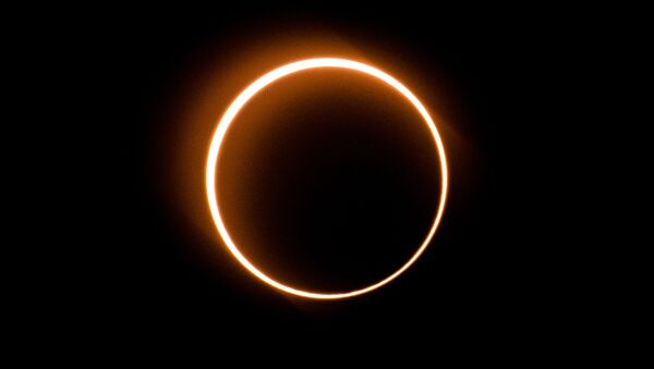 Eclipse cercle de feu - Sputnik France
