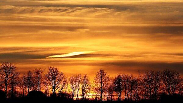 Le ciel orange  - Sputnik France
