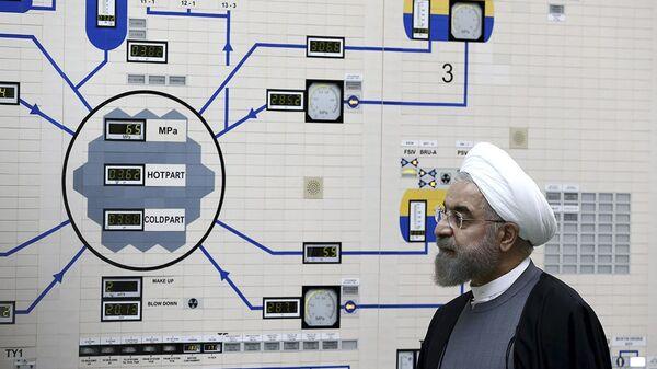 Hassan Rohani lors de sa visite au centrale nucléaire de Bouchehr, le 13 janvier 2015 - Sputnik France