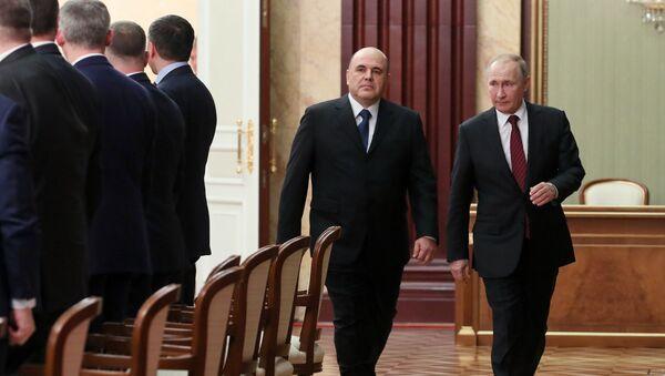Vladimir Poutine et Mikhail Michoustine - Sputnik France