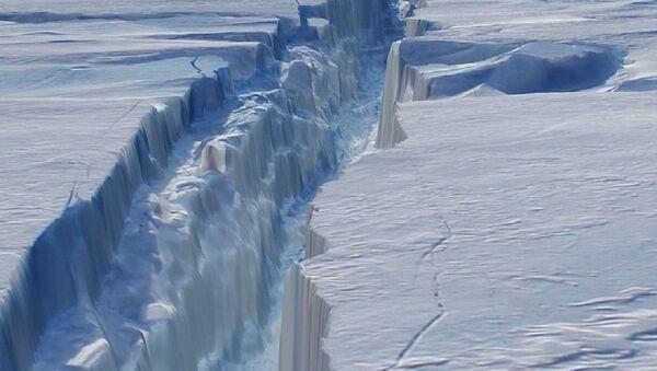 La fissure dans le glacier de Pine Island en Antarctique - Sputnik France
