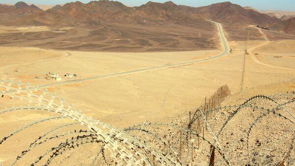 Looking north along Egypt-Israel border north of Eilat. - Sputnik France