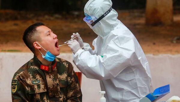 Le coronavirus au jour le jour: comment vivent les Chinois alors que le nombre d'infectés frôle les 45.000 - Sputnik France