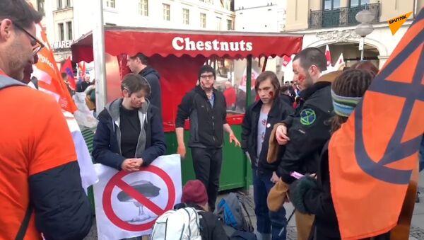 Manifestations contre la MSC: «Avant, ça s'appelait Conférence militaire: c'était honnête!»  - Sputnik France