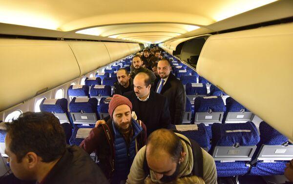 Le premier vol Damas-Alep atterrit après huit ans de pause - Sputnik France