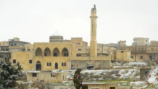 Российская военная полиция в освобожденном сирийском городе Маарет-Нууман - Sputnik France