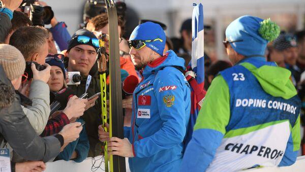 Le biathlète russe Alexander Loginov  aux Mondiaux de biathlon en Italie - Sputnik France