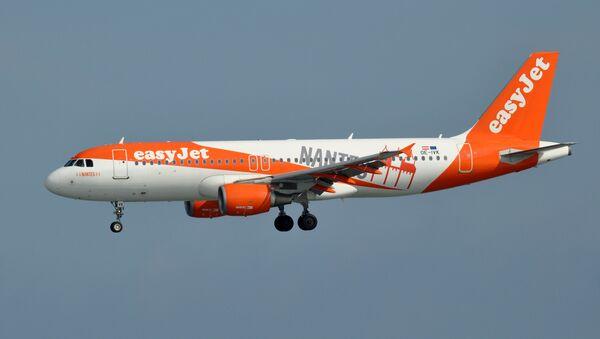 Un Airbus A320 d'EasyJet (image d'illustration) - Sputnik France