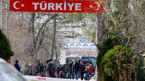 Des migrants à la frontière entre la Turquie et la Grèce (photo d'archives) - Sputnik France