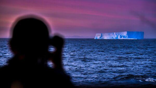Voyage au pôle Sud: la vue depuis un navire de recherche    - Sputnik France