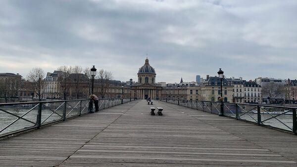 Paris aux premiers instants de l'entrée en vigueur des mesures de confinement, 17 mars 2020 - Sputnik France