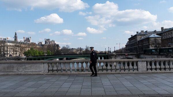 La ville de Paris lors de la troisième journée de confinement, 19 mars 2020  - Sputnik France