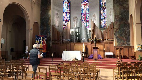 L'église Saint-Gabriel, pendant la pandémie de coronavirus, reste vide. - Sputnik France