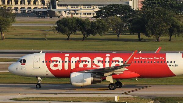 Un Airbus A320 d'AirAsia (archive photo) - Sputnik France