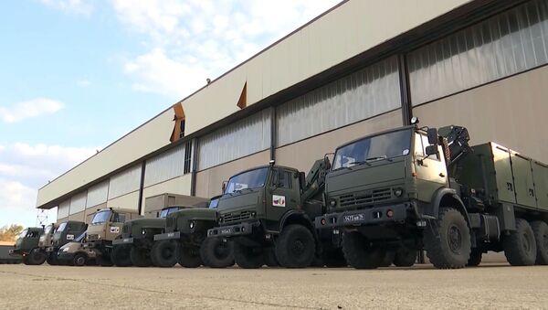 Un convoi militaire russe d'aide médicale en route vers la Lombardie  - Sputnik France