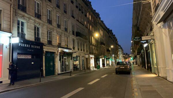 Paris au soir du 25 mars, 9e jour de confinement - Sputnik France