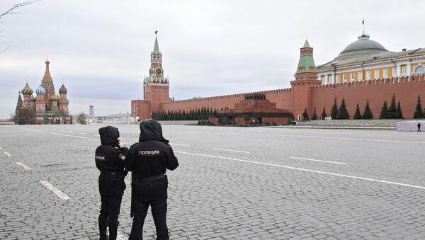 Confinement à Moscou: ville déserte et départ des citadins à la campagne - Sputnik France