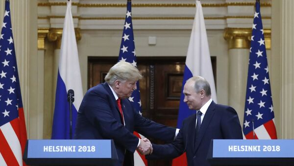 Une rencontre de Vladimir Poutine et Donald Trump (archive photo) - Sputnik France