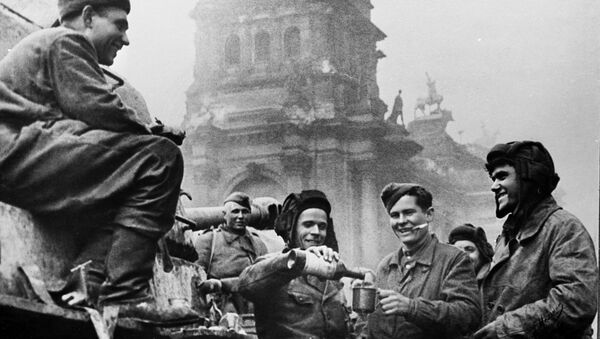 L'assaut de Berlin, l'une des dernières opérations stratégiques de l'URSS de la Grande Guerre patriotique   - Sputnik France