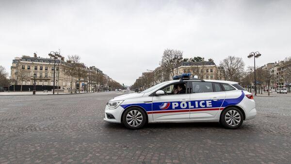 Voiture de police à Paris - Sputnik France