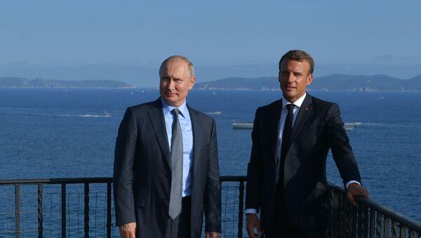 Vladimir Poutine et Emmanuel Macron (archives) - Sputnik France