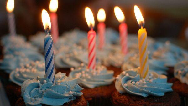 Un gâteau d'anniversaire - Sputnik France