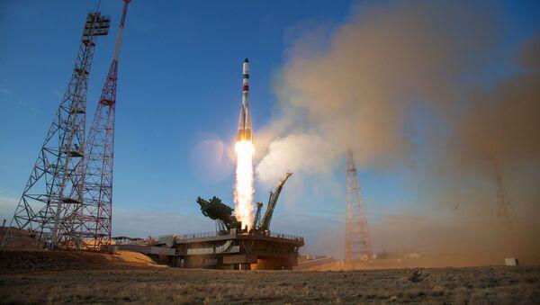 Décollage du lanceur Soyouz-2.1a vers l'ISS, 25 avril 2020 - Sputnik France