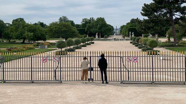 Le jardin de Tuileries fermé, 12 mai 2020 - Sputnik France