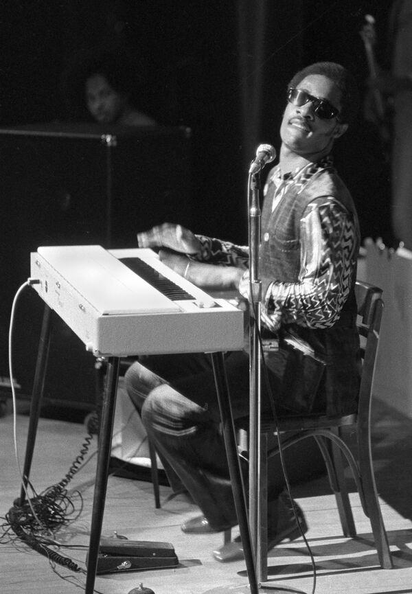 La «musique de l'âme»: Stevie Wonder a 70 ans   - Sputnik France