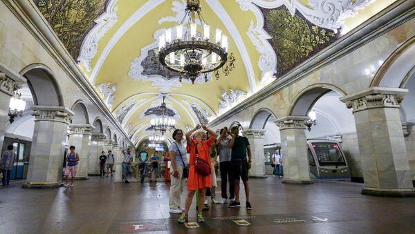 Le plus beau et le plus ponctuel au monde: le métro de Moscou fête ses 85 ans   - Sputnik France