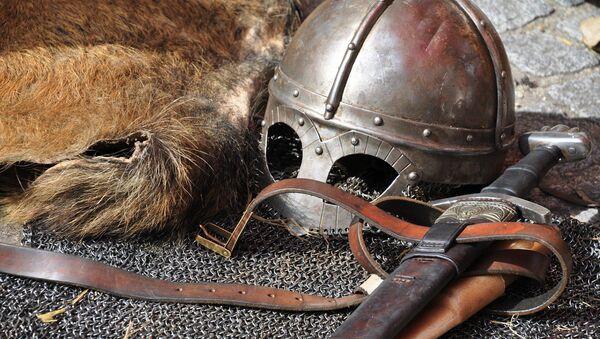 L'armure et les armes d'un chevalier. Image d'illustration - Sputnik France