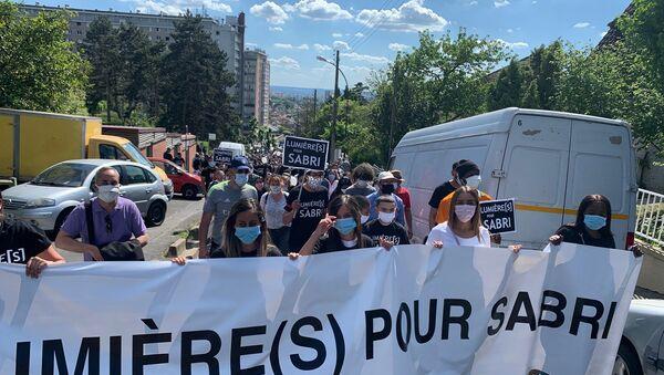 Marche blanche en hommage à Sabri - Sputnik France