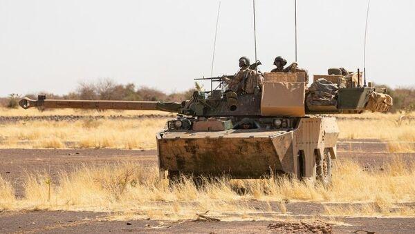 Char AMX10 au Mali - Sputnik France