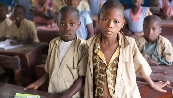 Les enfants en Afrique, image d'illustration - Sputnik France