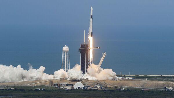 Une fusée SpaceX avec deux astronautes à bord décolle le samedi 30 mai depuis le centre spatial Kennedy - Sputnik France