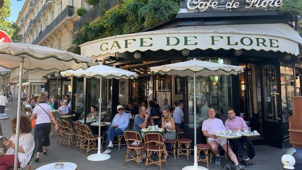 Les terrasses des cafés rouvrent à Paris, la ville entre dans la deuxième phase du déconfinement, 2 juin 2020 - Sputnik France