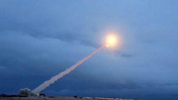 Test d'un missile russe  - Sputnik France