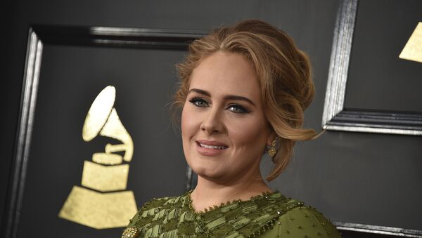 In this Feb. 12, 2017, file photo, Adele arrives at the 59th annual Grammy Awards at the Staples Center in Los Angeles. Adele and her husband Simon Konecki have separated - Sputnik France