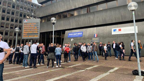 Action des policiers français devant les commissariats en réponse aux annonces de Castaner, Bobigny, le 11 juin - Sputnik France