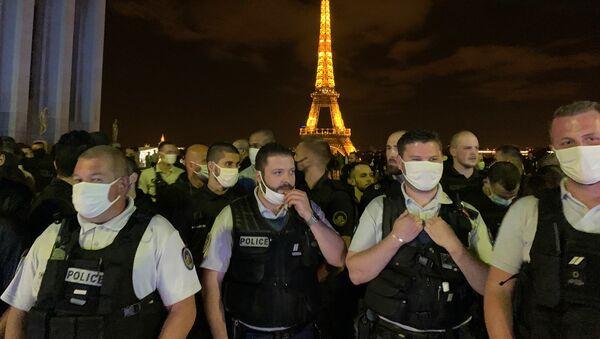 Action de policiers en colère Place du Trocadéro, 14 juin 2020 - Sputnik France