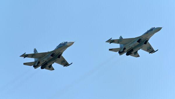 Des chasseurs Su-27 (photo d'archives) - Sputnik France