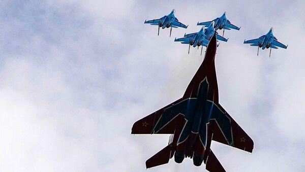 La répétition du défilé aérien de la Victoire en images   - Sputnik France