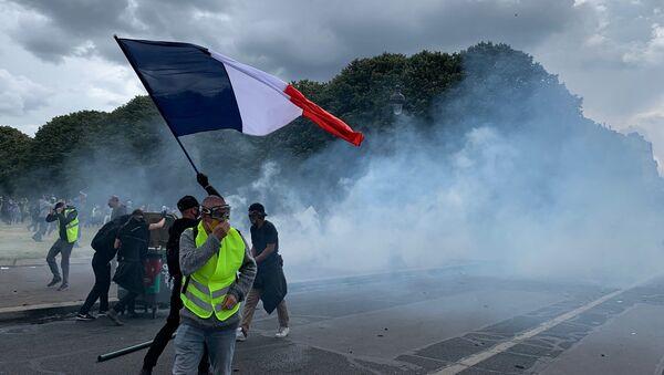 Débordements aux Invalides suite à la manifestation des soignants, 16 juin 2020 - Sputnik France