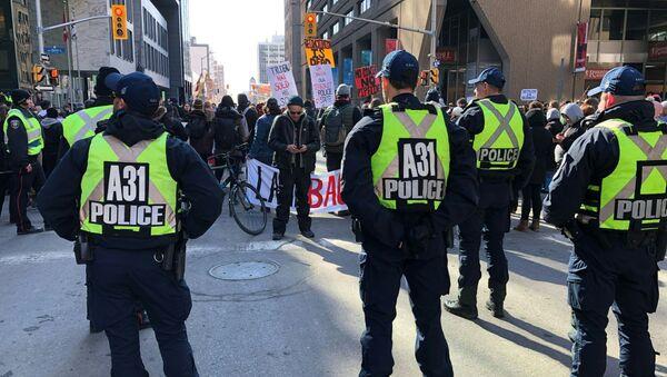 Manifestation à Ottawa (Canada) contre la construction d'un gazoduc en territoires autochtones, février 2020 (image d'illustration) - Sputnik France