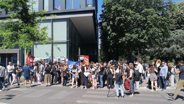 Plan social chez BFM/RMC, 1/3 des salariés visés: les grévistes dénoncent une «injustice» - Sputnik France