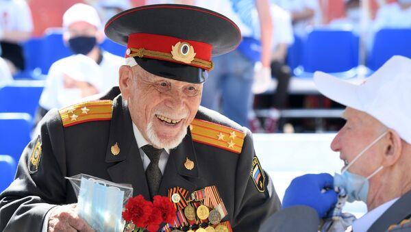 Un vétéran lors de la parade militaire dédiée au 75e anniversaire de la Victoire sur le nazisme à Moscou (image d'illustration) - Sputnik France