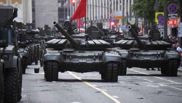 Des chars T-90M lors du défilé de la Victoire à Moscou - Sputnik France
