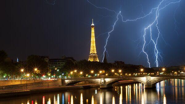 Quand des éclairs zèbrent le ciel de grandes villes touristiques    - Sputnik France
