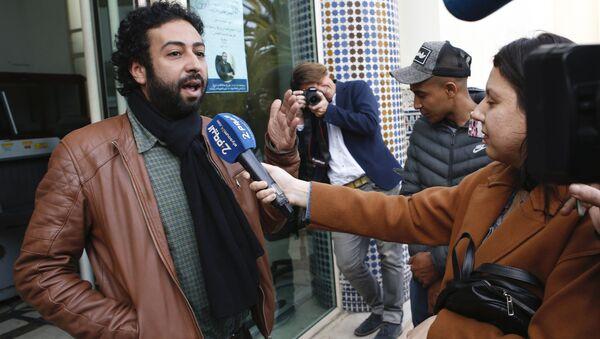 Le journaliste Omar Radi, après son audition au tribunal de Casablanca le 5 mars 2020 - Sputnik France